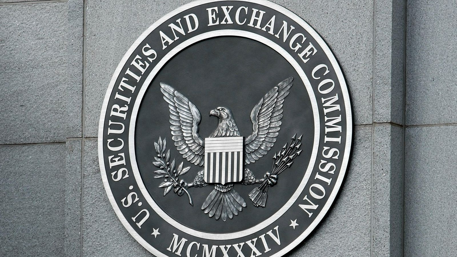 Hackers Compromise SEC Database to Make Millions